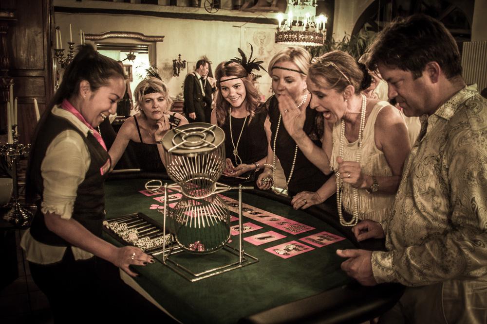 Chuck a Luck mieten - für Ihre Casinonacht